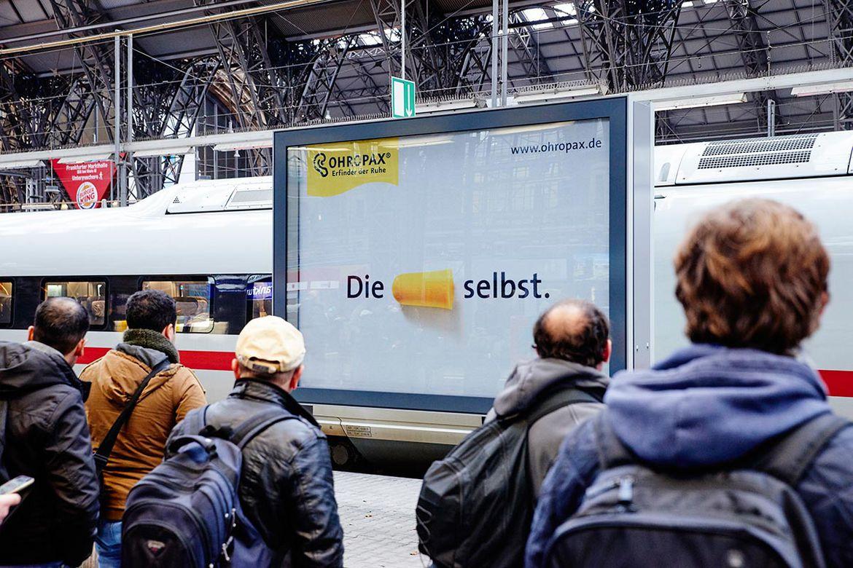 Ohropax-Großflächen am Frankfurter Hauptbahnhof